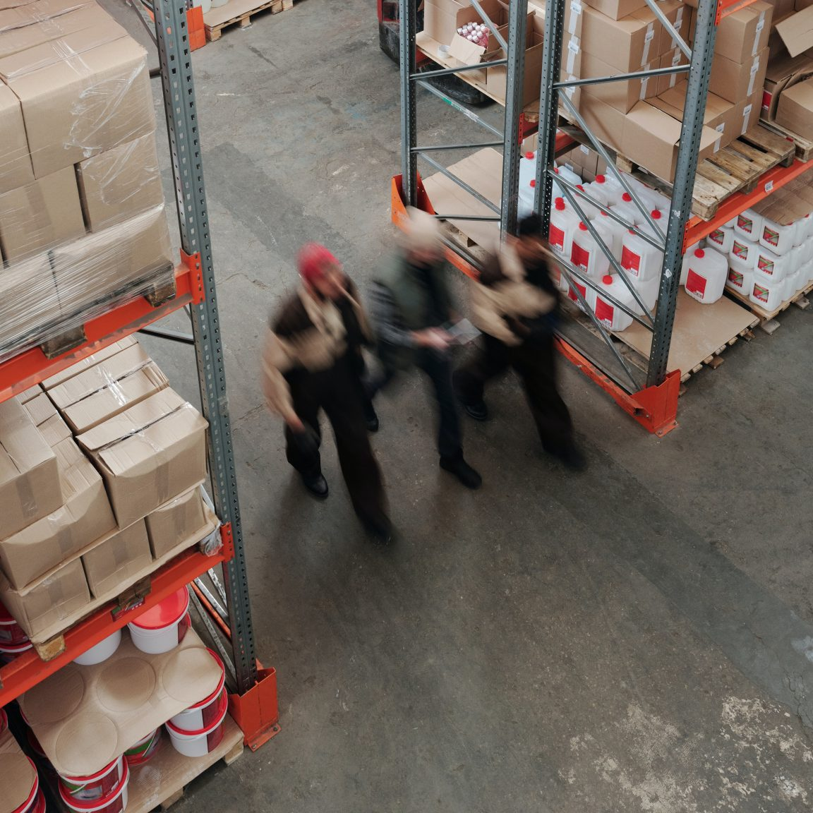 men-working-in-a-warehouse-4481324